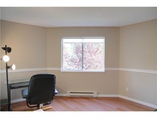 """Photo 7: 203 450 BROMLEY Street in Coquitlam: Coquitlam East Condo for sale in """"BROMLEY MANOR"""" : MLS®# V1024889"""