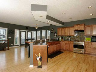 Photo 4: 227 BAYSIDE Landing SW: Airdrie Residential Detached Single Family for sale : MLS®# C3585615
