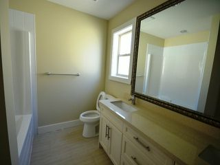 Photo 10: 2311 Chardonnay Lane in Abbotsford: Abbotsford West House for rent