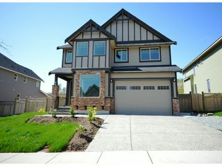 Photo 1: 2311 Chardonnay Lane in Abbotsford: Abbotsford West House for rent