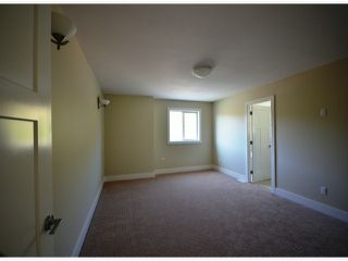 Photo 8: 2311 Chardonnay Lane in Abbotsford: Abbotsford West House for rent
