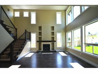 Photo 2: 2311 Chardonnay Lane in Abbotsford: Abbotsford West House for rent