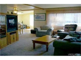 Photo 2:  in VICTORIA: VR Glentana Manufactured Home for sale (View Royal)  : MLS®# 442044