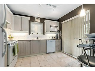 "Photo 8: 104 130 W 22ND Street in North Vancouver: Central Lonsdale Condo for sale in ""THE EMERALD"" : MLS®# V1080860"