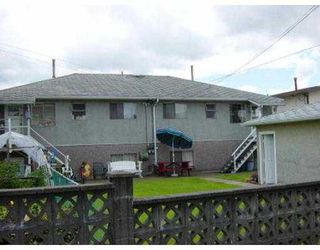 Photo 7: 4617 - 4619 UNION ST in Burnaby: Capitol Hill BN House Duplex for sale (Burnaby North)  : MLS®# V547433