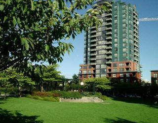 "Photo 1: 5288 MELBOURNE Street in Vancouver: Collingwood Vancouver East Condo for sale in ""EMERALD PARK PLACE"" (Vancouver East)  : MLS®# V618474"