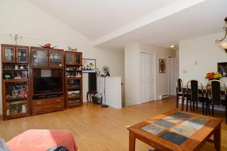 Photo 5: 26 220 E 4TH STREET in North Vancouver: Lower Lonsdale Townhouse for sale : MLS®# R2094449
