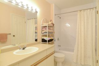 Photo 9: 26 220 E 4TH STREET in North Vancouver: Lower Lonsdale Townhouse for sale : MLS®# R2094449