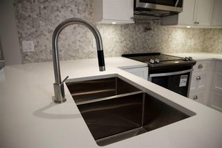 Photo 4: 2 703 Gauthier Avenue in Coquitlam: Coquitlam West House 1/2 Duplex for sale : MLS®# R2157920