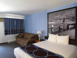 Photo 14: Exclusive Hotel/Motel with property in BC: Business with Property for sale