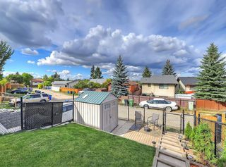 Photo 31: 128 Bergen Road NW in Calgary: Beddington Heights Semi Detached for sale : MLS®# C4269787