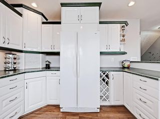 Photo 10: 128 Bergen Road NW in Calgary: Beddington Heights Semi Detached for sale : MLS®# C4269787