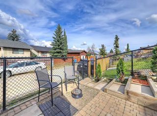 Photo 34: 128 Bergen Road NW in Calgary: Beddington Heights Semi Detached for sale : MLS®# C4269787