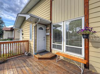Photo 2: 128 Bergen Road NW in Calgary: Beddington Heights Semi Detached for sale : MLS®# C4269787