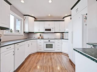 Photo 8: 128 Bergen Road NW in Calgary: Beddington Heights Semi Detached for sale : MLS®# C4269787