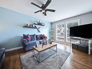 Photo 5: 128 Bergen Road NW in Calgary: Beddington Heights Semi Detached for sale : MLS®# C4269787