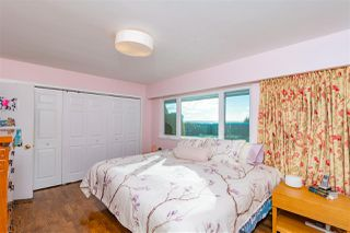 Photo 11: 2030 WESTDEAN Crescent in West Vancouver: Ambleside House for sale : MLS®# R2429141