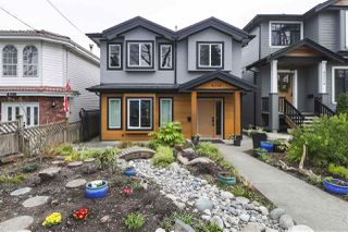 Photo 1: 4314 PRINCE EDWARD Street in Vancouver: Fraser VE House for sale (Vancouver East)  : MLS®# R2445314
