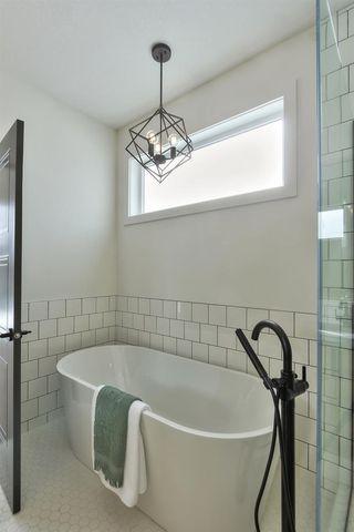 Photo 32: 10992 128 Street in Edmonton: Zone 07 House for sale : MLS®# E4192082