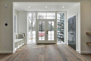 Photo 2: 10992 128 Street in Edmonton: Zone 07 House for sale : MLS®# E4192082