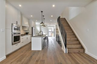 Photo 5: 10992 128 Street in Edmonton: Zone 07 House for sale : MLS®# E4192082