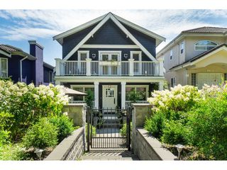 Main Photo: 2766 E PENDER Street in Vancouver: Renfrew VE House for sale (Vancouver East)  : MLS®# R2477653