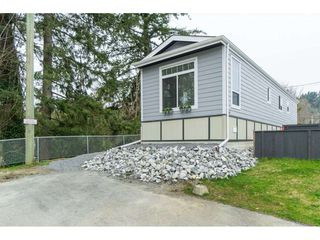 "Photo 2: 94 9950 WILSON Road in Mission: Stave Falls Manufactured Home for sale in ""Ruskin Park"" : MLS®# R2480233"