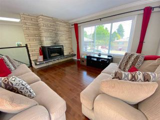 "Photo 4: 555 55A Street in Delta: Pebble Hill House for sale in ""PEBBLE HILL"" (Tsawwassen)  : MLS®# R2481635"