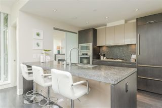 Photo 7: 600 888 ARTHUR ERICKSON PLACE in West Vancouver: Park Royal Condo for sale : MLS®# R2489622