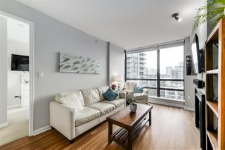 "Photo 3: 1002 170 W 1ST Street in North Vancouver: Lower Lonsdale Condo for sale in ""ONE PARK LANE"" : MLS®# R2528414"