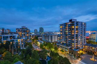 "Photo 1: 1002 170 W 1ST Street in North Vancouver: Lower Lonsdale Condo for sale in ""ONE PARK LANE"" : MLS®# R2528414"