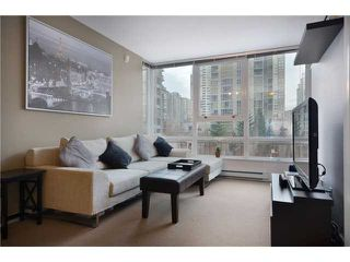 "Photo 1: 609 928 BEATTY Street in Vancouver: Yaletown Condo for sale in ""THE MAX"" (Vancouver West)  : MLS®# V928813"