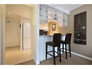 "Photo 4: 609 928 BEATTY Street in Vancouver: Yaletown Condo for sale in ""THE MAX"" (Vancouver West)  : MLS®# V928813"