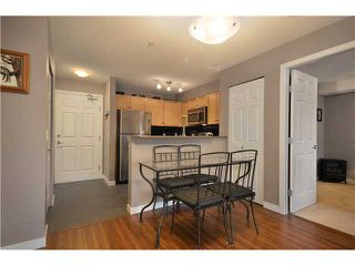 """Photo 4: 3318 240 SHERBROOKE Street in New Westminster: Sapperton Condo for sale in """"COPPERSTONE"""" : MLS®# V929528"""