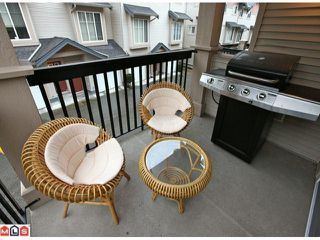 "Photo 8: 68 5839 PANORAMA Drive in Surrey: Sullivan Station Townhouse for sale in ""Forest Gate"" : MLS®# F1205000"