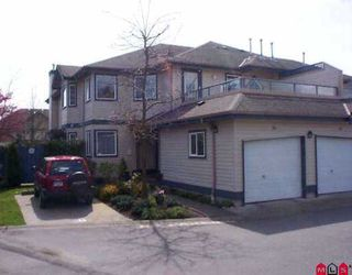 """Photo 1: 26 8338 158TH ST in Surrey: Fleetwood Tynehead Townhouse for sale in """"SUMMERFIELD"""" : MLS®# F2607777"""