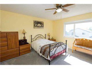 Photo 5: 351 DOUGLAS GLEN Close SE in CALGARY: Douglasglen Residential Detached Single Family for sale (Calgary)  : MLS®# C3538169