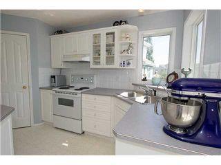 Photo 11: 351 DOUGLAS GLEN Close SE in CALGARY: Douglasglen Residential Detached Single Family for sale (Calgary)  : MLS®# C3538169