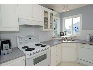 Photo 12: 351 DOUGLAS GLEN Close SE in CALGARY: Douglasglen Residential Detached Single Family for sale (Calgary)  : MLS®# C3538169