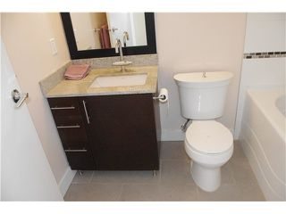 Photo 4: 410 14100 RIVERPORT Way in Richmond: East Richmond Condo for sale : MLS®# V1004111
