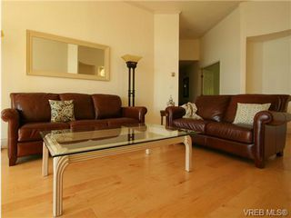 Photo 7: 109 11 Cooperage Place in VICTORIA: VW Songhees Condo Apartment for sale (Victoria West)  : MLS®# 324649