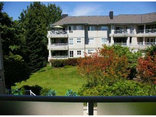 Photo 3: 208 20125 55A Avenue in Langley: Langley City Condo for sale : MLS®# F1314922