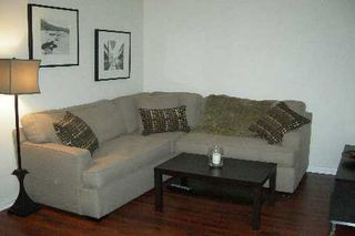 Photo 3: 606 24 W Wellesley Street in Toronto: Bay Street Corridor Condo for lease (Toronto C01)  : MLS®# C2689729