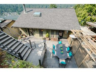 Photo 4: 4670 EASTRIDGE Road in North Vancouver: Deep Cove House for sale : MLS®# V1021079