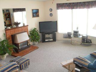 Photo 4: 109 2400 Oakdale Way in Kamloops: Westsyde Manufactured Home for sale : MLS®# 124298