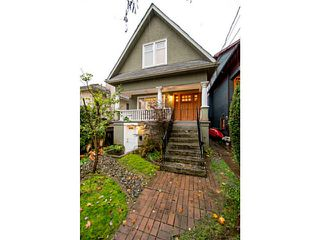 Photo 2: 1354 E 15TH AV in Vancouver: Grandview VE House for sale (Vancouver East)  : MLS®# V1093126