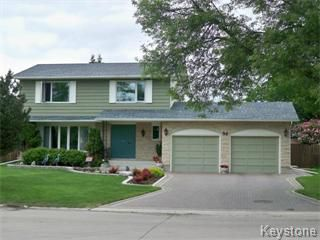 Photo 1: 30 Pine Valley Drive in Winnipeg: Westwood / Crestview Single Family Detached for sale (West Winnipeg)  : MLS®# 1112515