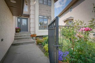 Photo 2: 1524 HASWELL Close in Edmonton: Zone 14 House for sale : MLS®# E4169103