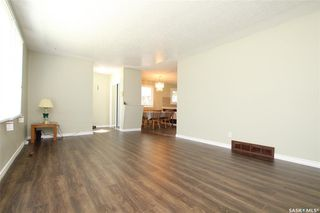 Photo 3: 231 W Avenue North in Saskatoon: Mount Royal SA Residential for sale : MLS®# SK792643