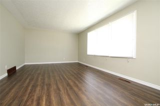 Photo 2: 231 W Avenue North in Saskatoon: Mount Royal SA Residential for sale : MLS®# SK792643